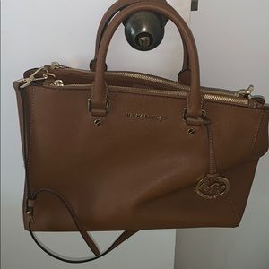 EUC Michael Kors Shoulder Bag Brown